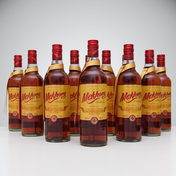 12er Paket Mekhong Whisky 700ml